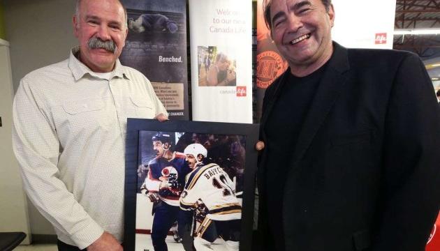 Легенди НХЛ Дейв і Вейн Бабичі проведуть у Києві тренування для юних спортсменів