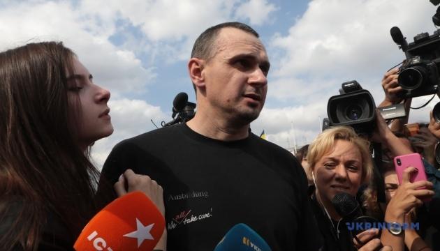 Сенцов сподівається на звільнення інших полонених