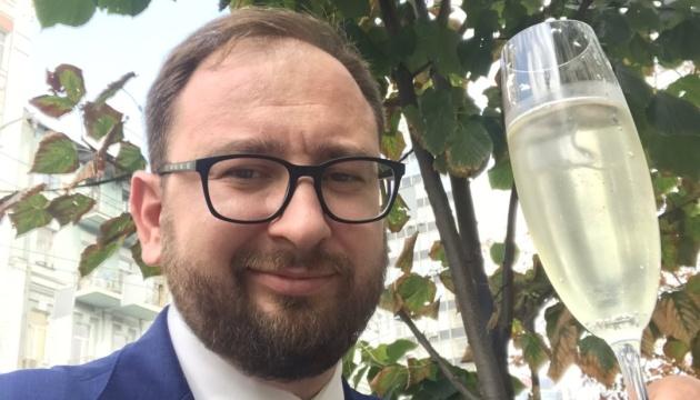 Полозов вітає колег-адвокатів: 24 моряка в Україні