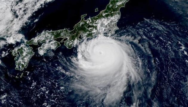 На Японію налетів тайфун