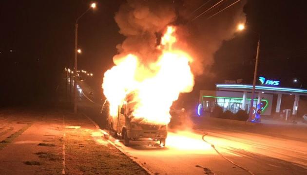 У Полтаві під час руху загорілася маршрутка