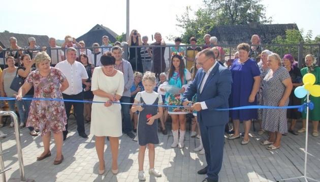 У Ямпільському районі відкрили першу за часи незалежності нову сільську амбулаторію