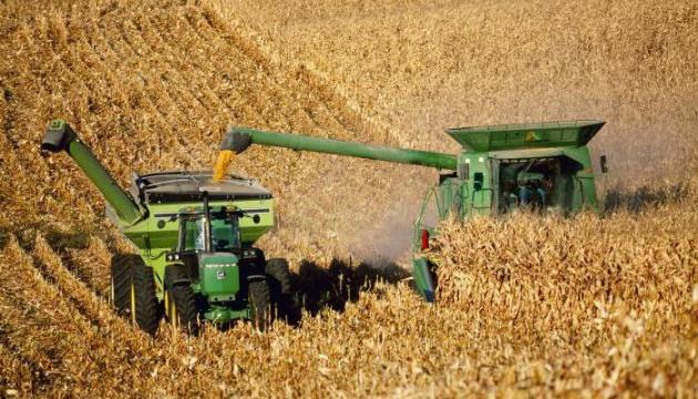 США на мільйон тонн знизили прогноз виробництва кукурудзи й пшениці в Україні