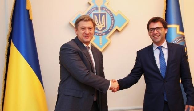 Данилюк обговорив із главою МЗС Молдови газ, кордон та енергобезпеку