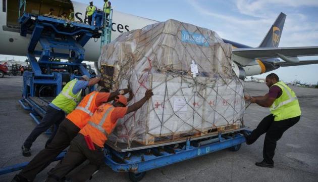 ООН доставила полторы тонны гуманитарной помощи на Багамы