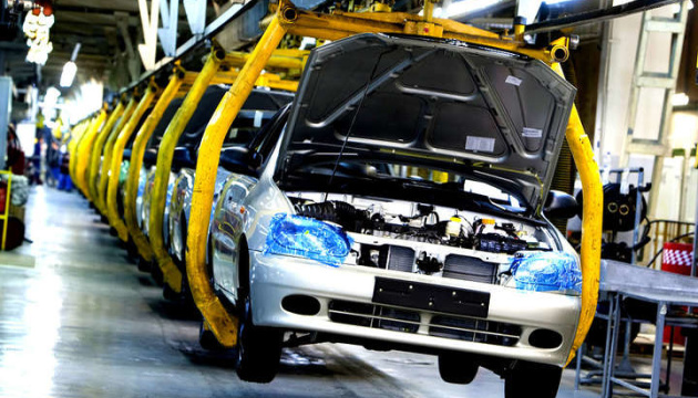 Обсяги автовиробництва в Україні скоротилися на 7%