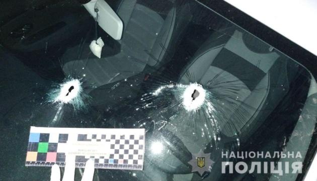 На Рівненщині вночі обстріляли садибу та авто голови тергромади