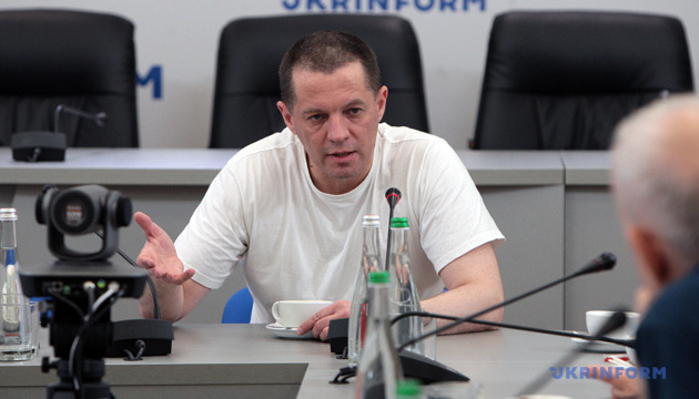 Сущенко розповів про плани, журналістику та чи збирається у політику
