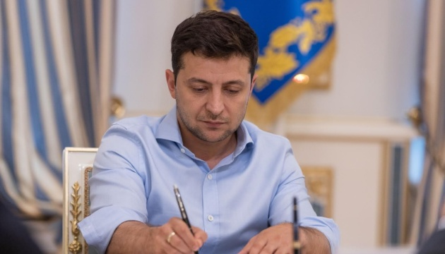 Zelensky signs law abolishing parliamentary immunity