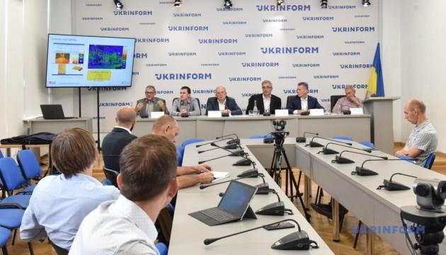 Неэффективные закупки уличного освещения в Киеве: кто виноват?