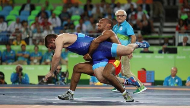 Став відомий розклад змагань на чемпіонаті світу з боротьби в Казахстані