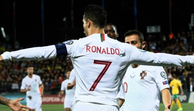 Роналду став кращим бомбардиром в історії кваліфікації футбольного Євро