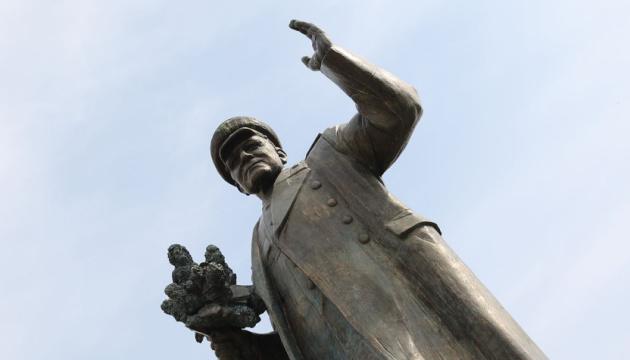 Памятнику Коневу в Праге придется сменить прописку