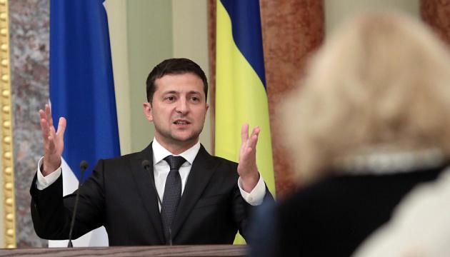 Volodymyr Zelensky : Seuls les Ukrainiens auront le droit d'acheter des terres (vidéo)