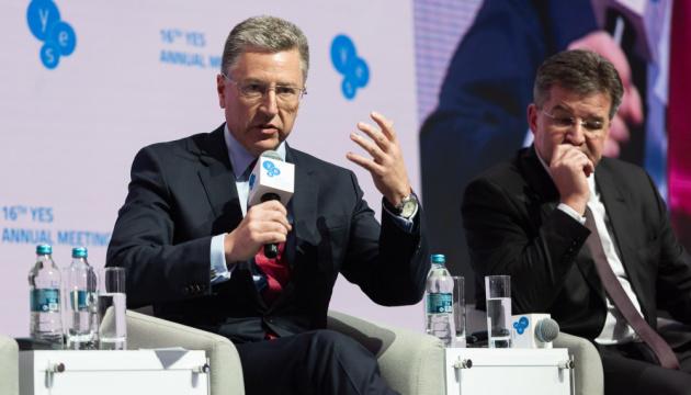 Волкер нагадав, що вибори на Донбасі можливі лише тоді, коли там буде безпечно