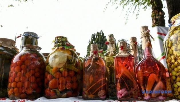 У Запоріжжі проходить ювілейний фестиваль консервації
