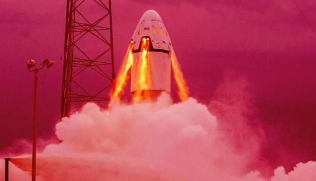 SpaceX опубликовала кадры испытаний своего нового Crew Dragon