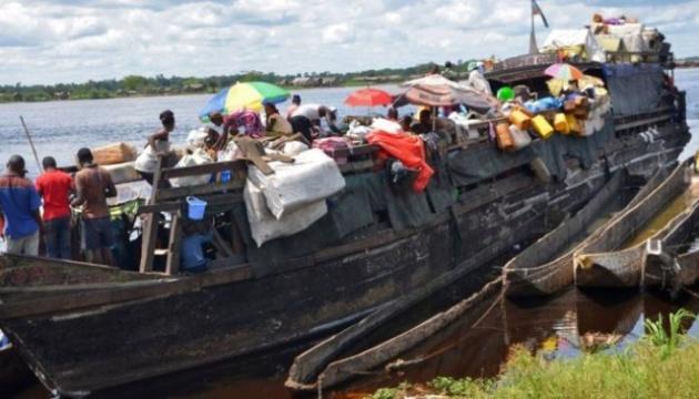 У Конго затонуло китобійне судно, 34 особи зникли безвісти