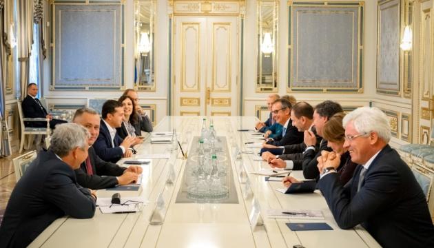 Україна готова розвивати співпрацю з ЄБРР – Зеленський