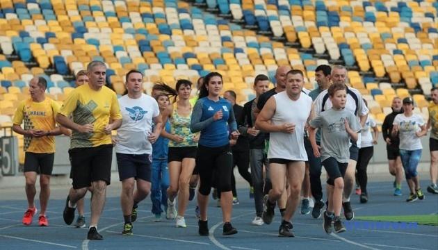 Ветерани АТО/ООС і знамениті легкоатлети України провели спільне тренування