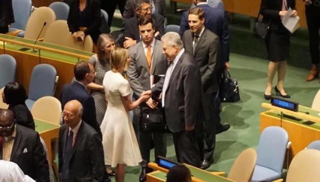 Ельченко встретился с новой представительницей США при ООН Крафт