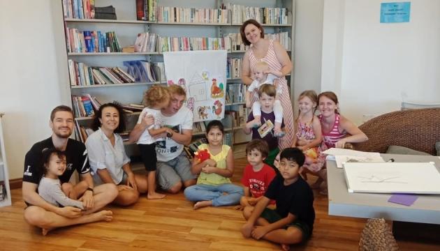 Українська недільна школа в Малайзії набирає обертів