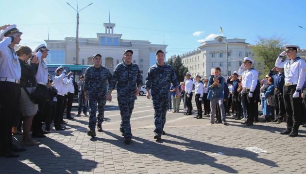На Херсонщине встретили моряков, вернувшихся из российского плена