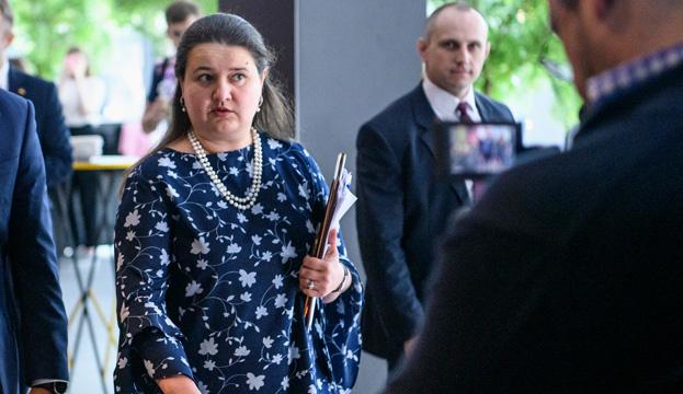 Слідчі ДБР допитали Маркарову у справі щодо ПриватБанку