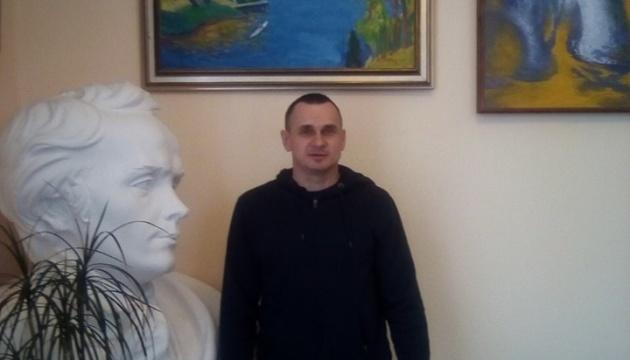 Сенцову собираются вручить Шевченковскую премию, присужденную в 2016 году