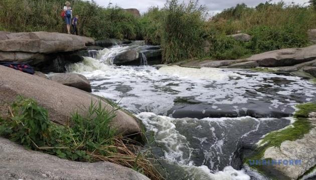 Токівські водоспади – диво серед дніпрового степу