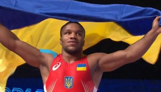 Украинские борцы завоевали на чемпионате мира 4 медали и 7 олимпийских лицензий