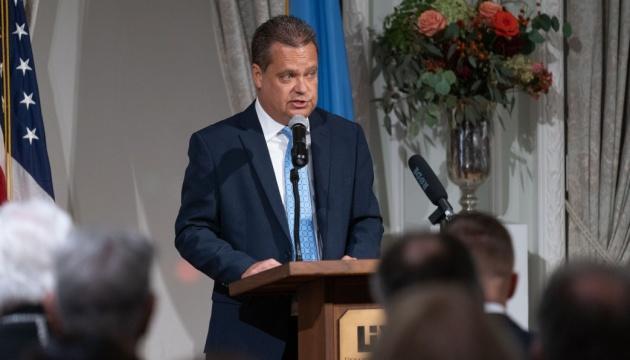 Україна не повинна погоджуватися з російськими вимогами щодо виборів на Донбасі – діаспора в США