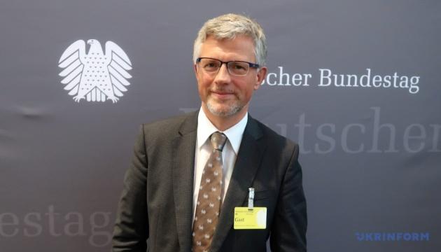 Посол Мельник розповів депутатам Бундестагу про кроки України до євроінтеграції
