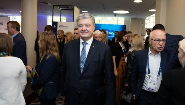 Без Меркель и Макрона санкции ЕС против России были бы невозможны — Порошенко