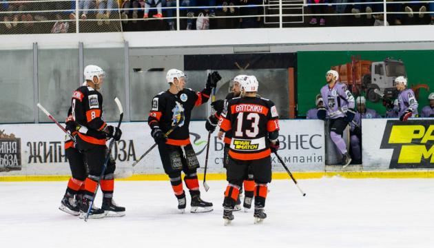 «Кременчук» здобув четверту перемогу і лідирує в УХЛ