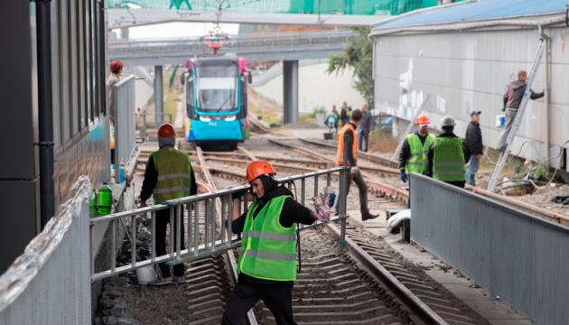 В Киеве решили продолжить линию скоростного трамвая на 3,5 километра