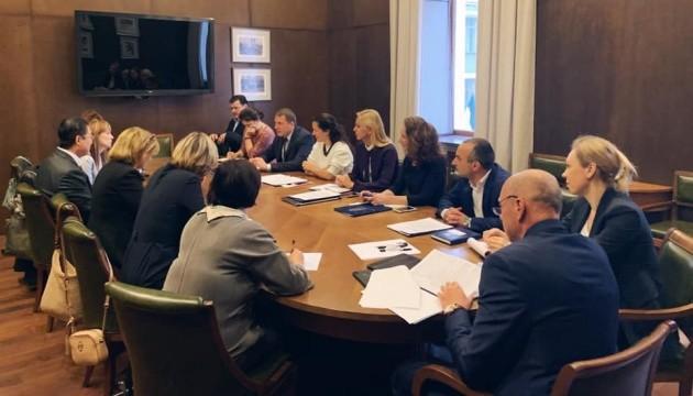 Міжнародні партнери висловили підтримку медреформам в Україні