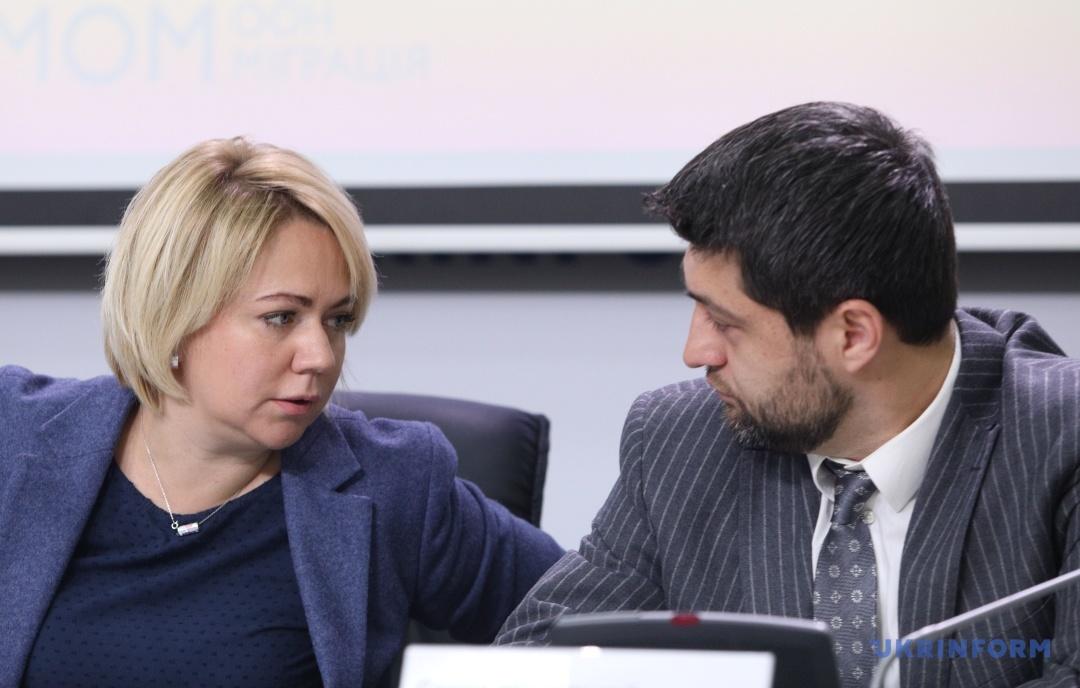 Оксана Коляда, Сергій Ніжинський