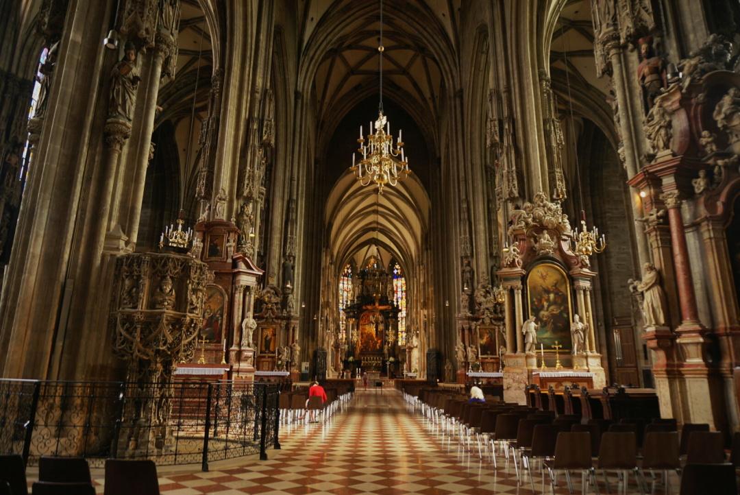 15. Венский кафедральный собор Святого Стефана (внутри)