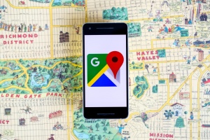 Google вирішив додати в карти перекладача