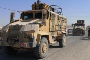 Турция эвакуирует один из блокпостов в Сирии - СМИ