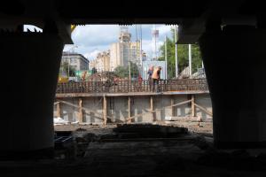 В Киеве на два дня перекрыли движение на проспекте Победы