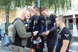 В Житомире прошли соревнования по кроссфиту среди десантников