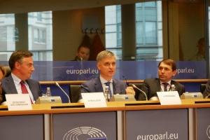 Україна не може вічно вести переговори про мирне врегулювання на Донбасі – Пристайко