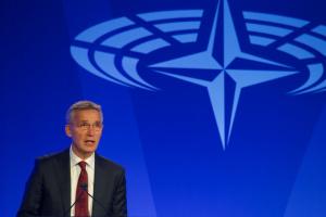 """НАТО готовий до відповіді на появу будь-яких  """"зелених чоловічків"""" – Столтенберг"""