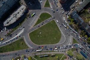 У Києві на дві ночі закриють Дарницьку площу для транспорту
