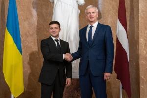 Nord Stream 2: Прем'єр Латвії запевнив Зеленського у підтримці