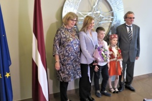 Olena Zelenska visits Ukrainian school in Riga
