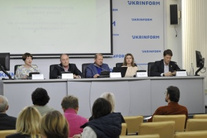 Импорт молокопродуктов стремительно растет: исчезнет ли украинское молоко с полок магазинов?
