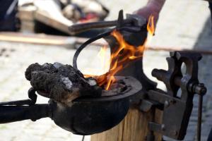 Маріуполь збере ковалів на «Сталевому джерелі»